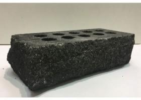 Лицьова цегла Літос стандартна «Скала» тичково пустотіла чорна.
